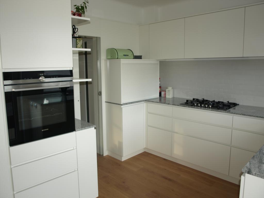 Tagebuch der Tischlerei Slawitscheck Moderne Küche in Weiß