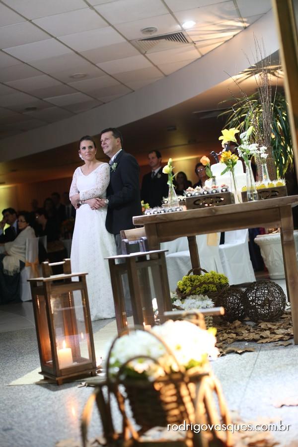 de Flores Organização e Decoração de Eventos Casamento de Bruna e