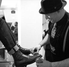 Shoe Shine: 212-307-1840