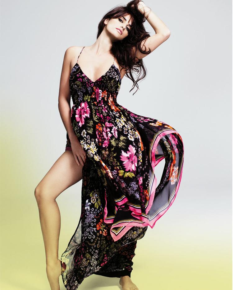 Fresh Look Celebrity Penelope Cruz Hairstyles 04