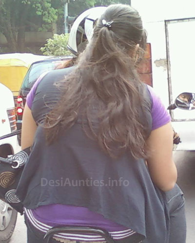 Cute Indian Aunties Real Life Pictures Gallery Part