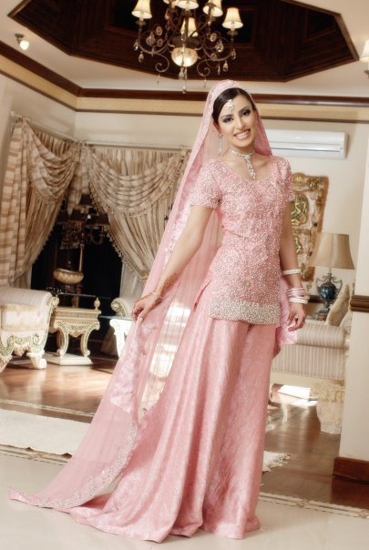 Bride Always Buy Her Wedding Costume Of Own Choice A Few Famous Asian Bridal Dresses Are Lehenga Choli Gagra Sari And Peshwas So Forth