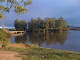 Atardecer en el río Olimar, luego de la lluvia...