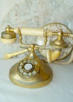 Bon Jour! A  French Style Phone...