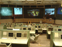 Camera de control a misiunilor Apolo. Am stat ca la cinematograf si l-am auzi pe unul vorbind. Fara sa intram efectiv