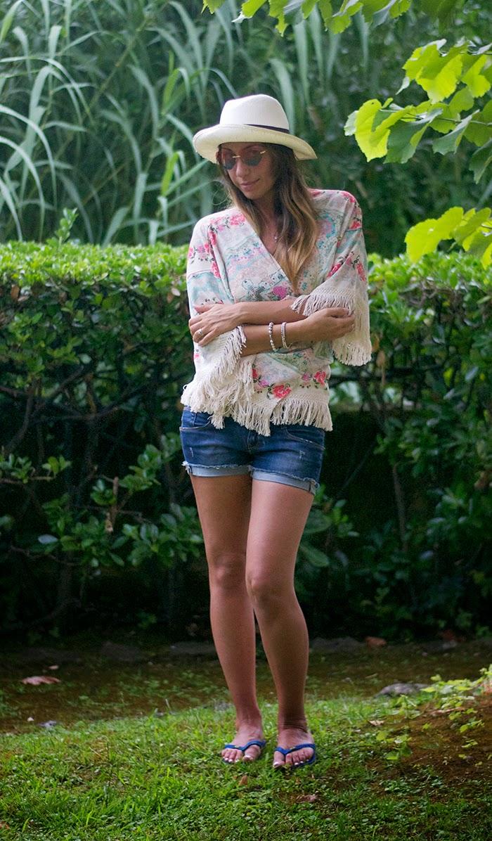 short jeans + kimono