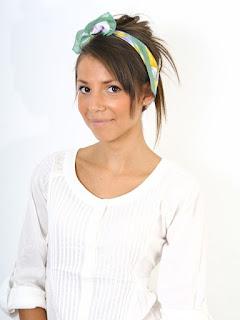 satynowe apaszki, apaszki, modne chusty, satynowe chusty, pomysł na apaszkę