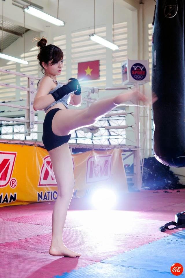 Hotgirl Châu Dương sexy với trang phục boxing 9