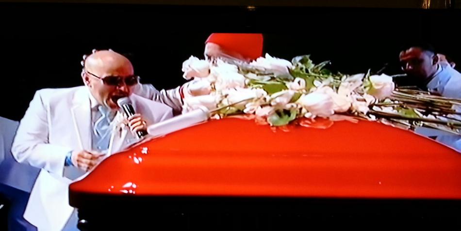 "Lupillo Rivera Wedding Lupillo rivera sings "" yo te"