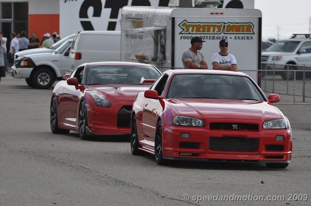 Nissan GT-R & Nissan Skyline R34 GT-R godzilla kultowy japoński sportowy samochód piękny znany szybki tuning