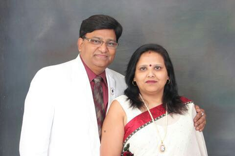 DISTRICT GOVERNOR LION SUDEEP GARG & REKHA GARG