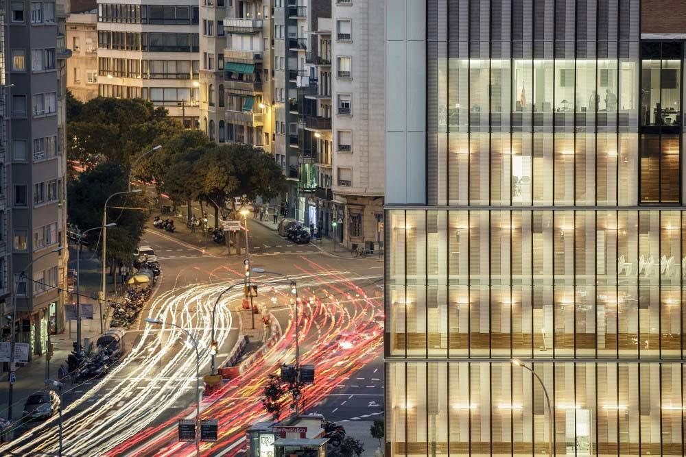 bak: Colegio de Economistas de Catalunya, Roldán + Berengué arquitectos