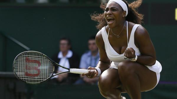 Serena Williams volta a bater Watson em Wimbledon