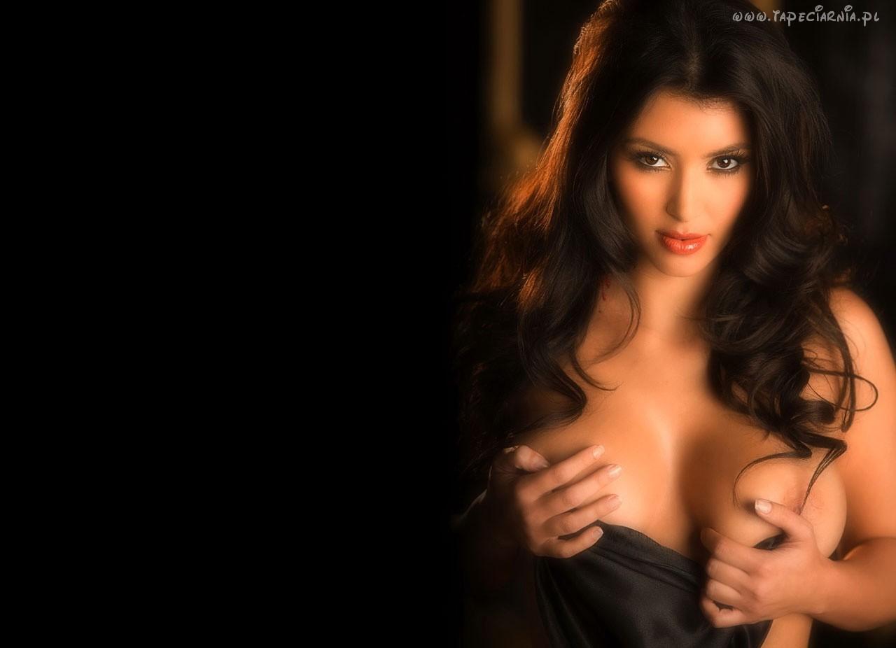 http://4.bp.blogspot.com/-eTJhfzJAMcc/T6UavcXncqI/AAAAAAAAAOE/s889idg4JBQ/s1600/kim+kardashian+sexy+wallpapers27.jpg