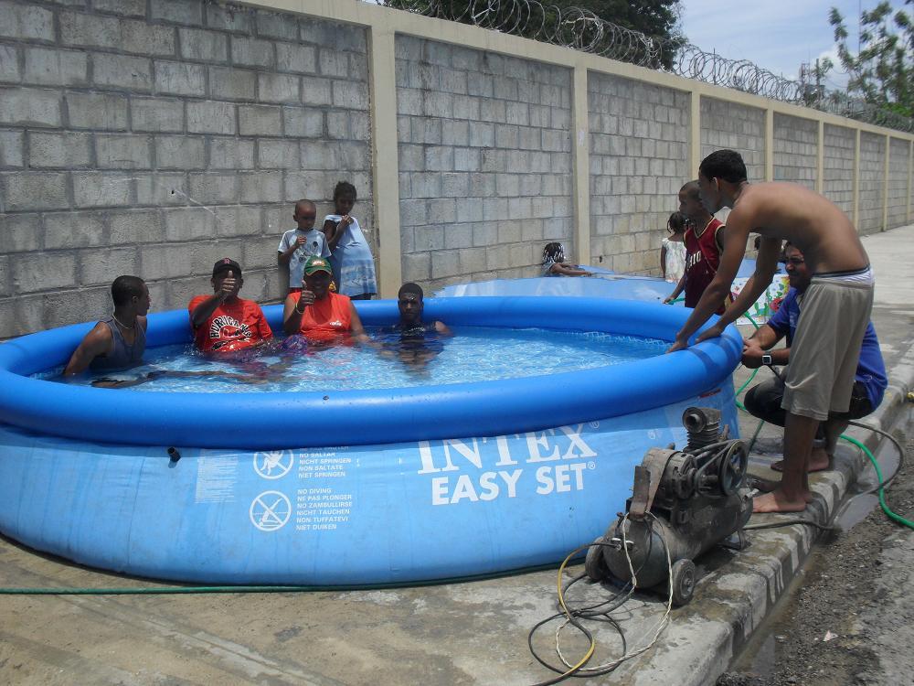 Periodista 23 muchos prefirieron las piscinas inflables for Piscinas inflables