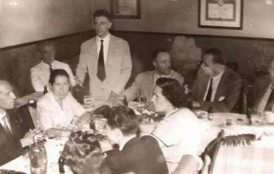 1951 - Visita del equipo lisboeta al local social del Club Ajedrez Ruy López Tívoli - Conversaciones informales