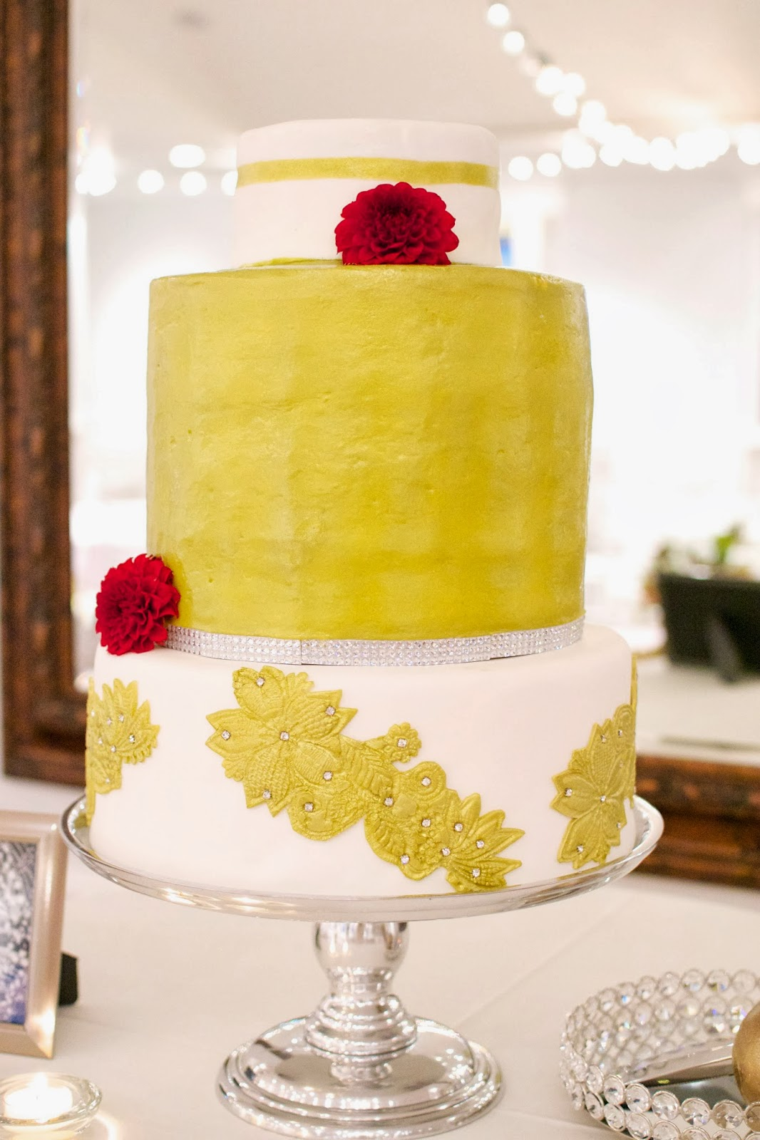 the mighty baker gold wedding cake delicious dessert catering. Black Bedroom Furniture Sets. Home Design Ideas