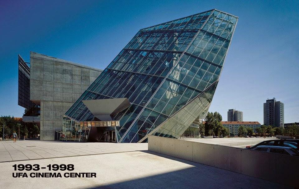 Les arts plastiques au lyc e comte de foix architecture for Architecture deconstructiviste