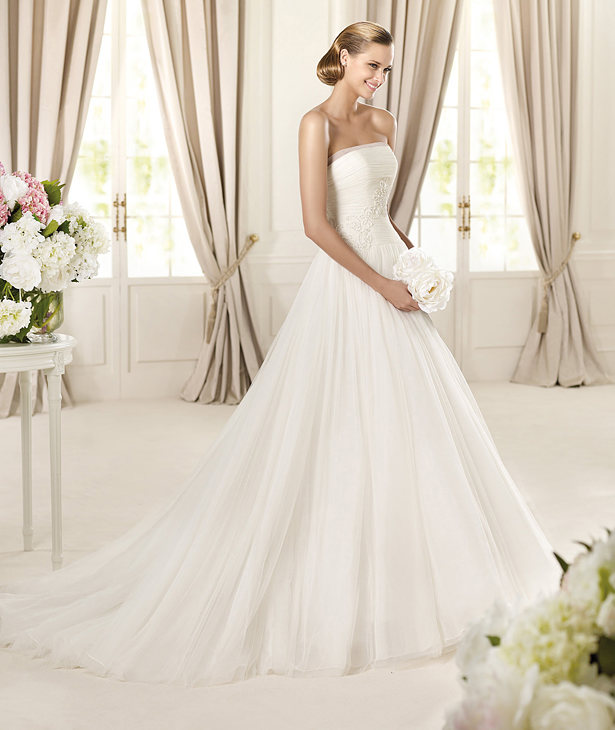 Pronovias 2013 wedding dresses
