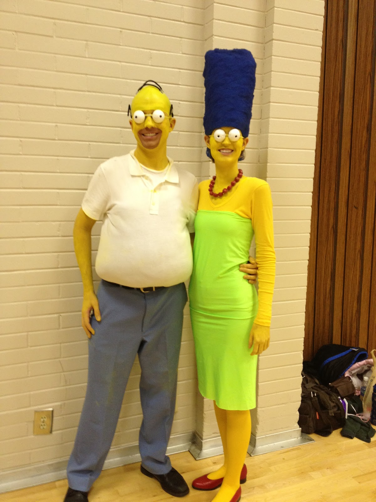 Shut up brain or i 39 ll stab you with a q tip halloween 2012 - Marge simpson et bart ...