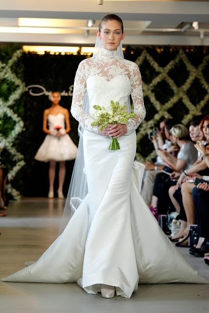 Wedding Dress with Long Sleeves oscar de la renta