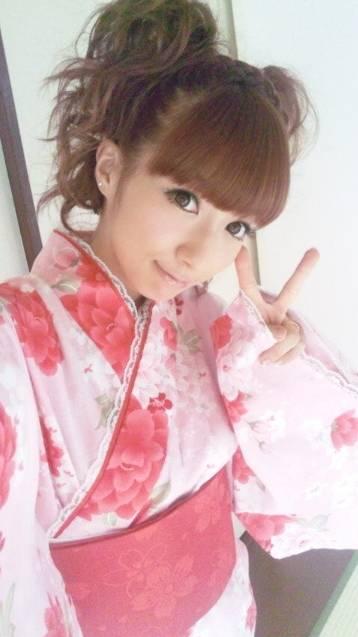 Chuu! Sugoi! Idol: Tsuji Nozomi Produced Jinbei and Yukata ...