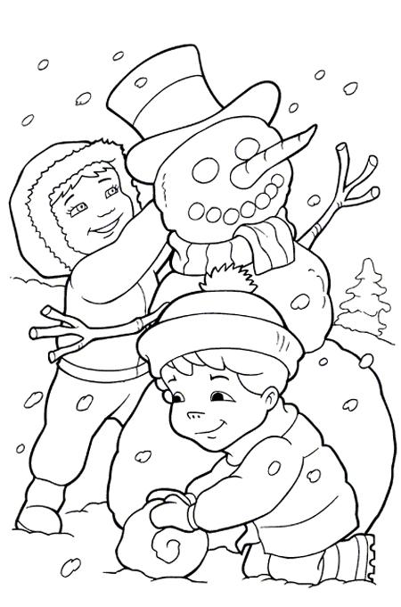 صورة أطفال يلعبون بالثلج ويصنعون الرجل الثلجي للتلوين