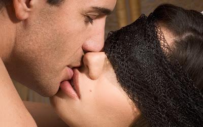fotos de besos cariñosos
