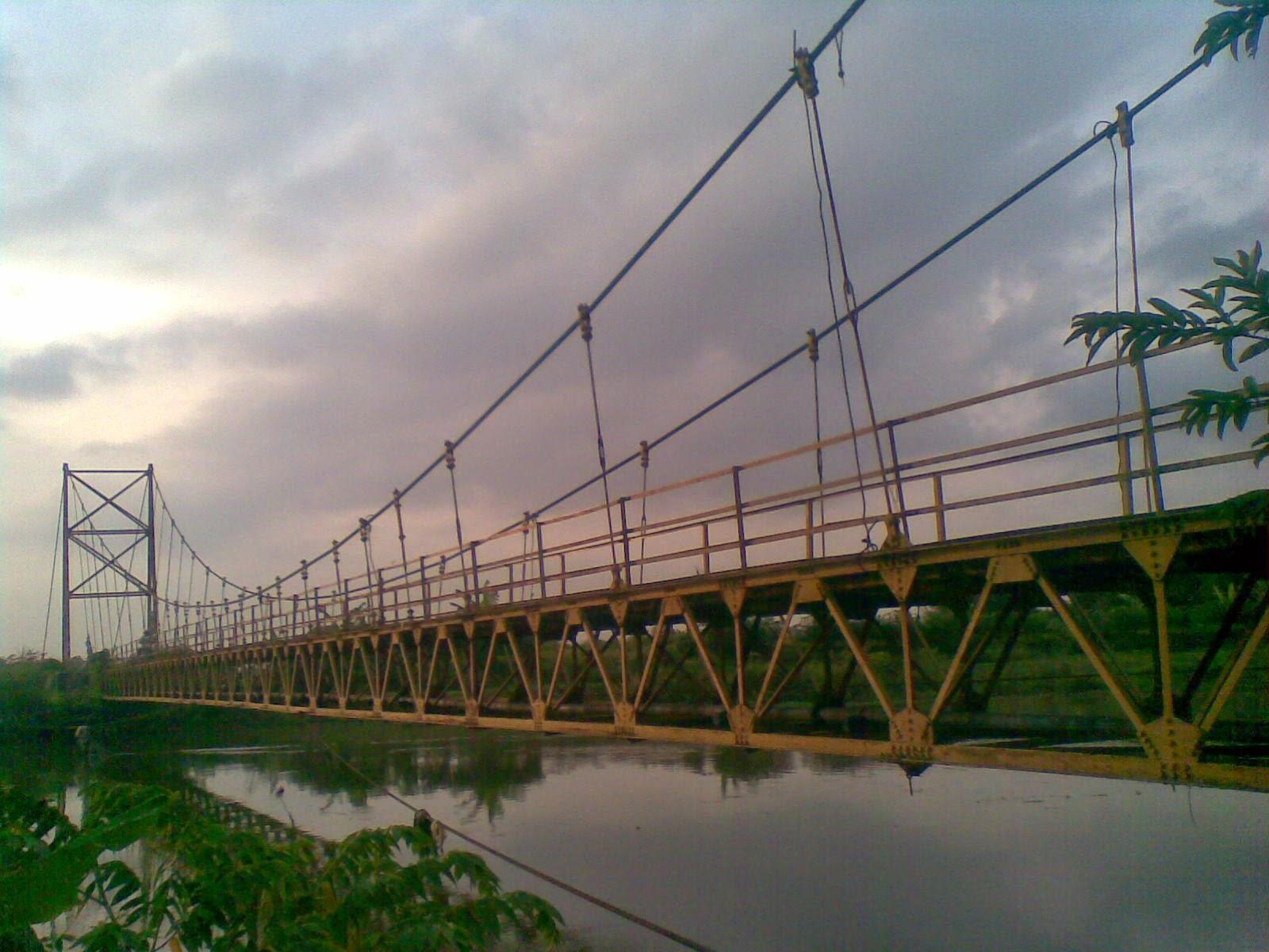 Jembatan Gantung Bersejarah di Kota Pati