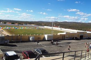 Prefeitura de Picuí terá que retirar comerciantes que atualmente ocupam espaços nas imediações do Estádio Municipal