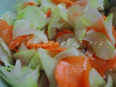 dưa góp đu đủ cà rốt