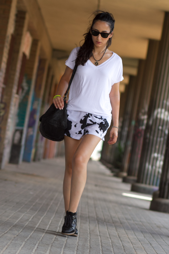 Look Sporty: Shorts Estamapado de Vaca