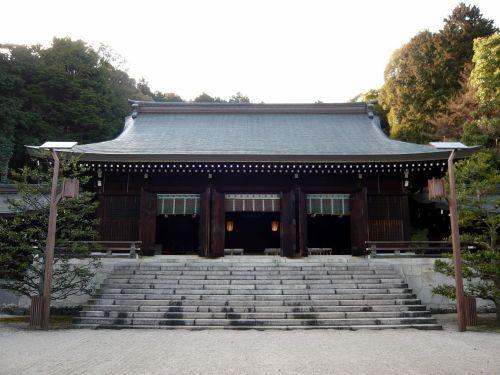 近江神宮拝殿