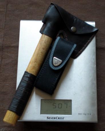 Sierra, hacha y cuchillo, la alternativa lógica a un único cuchillo grande 507B