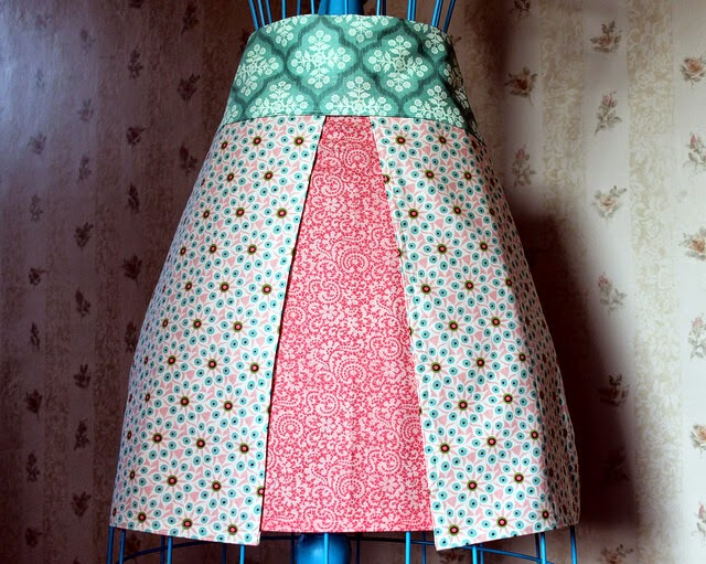 Free Four Fat Quarter Apron Pattern, Maureen Cracknell Handmade