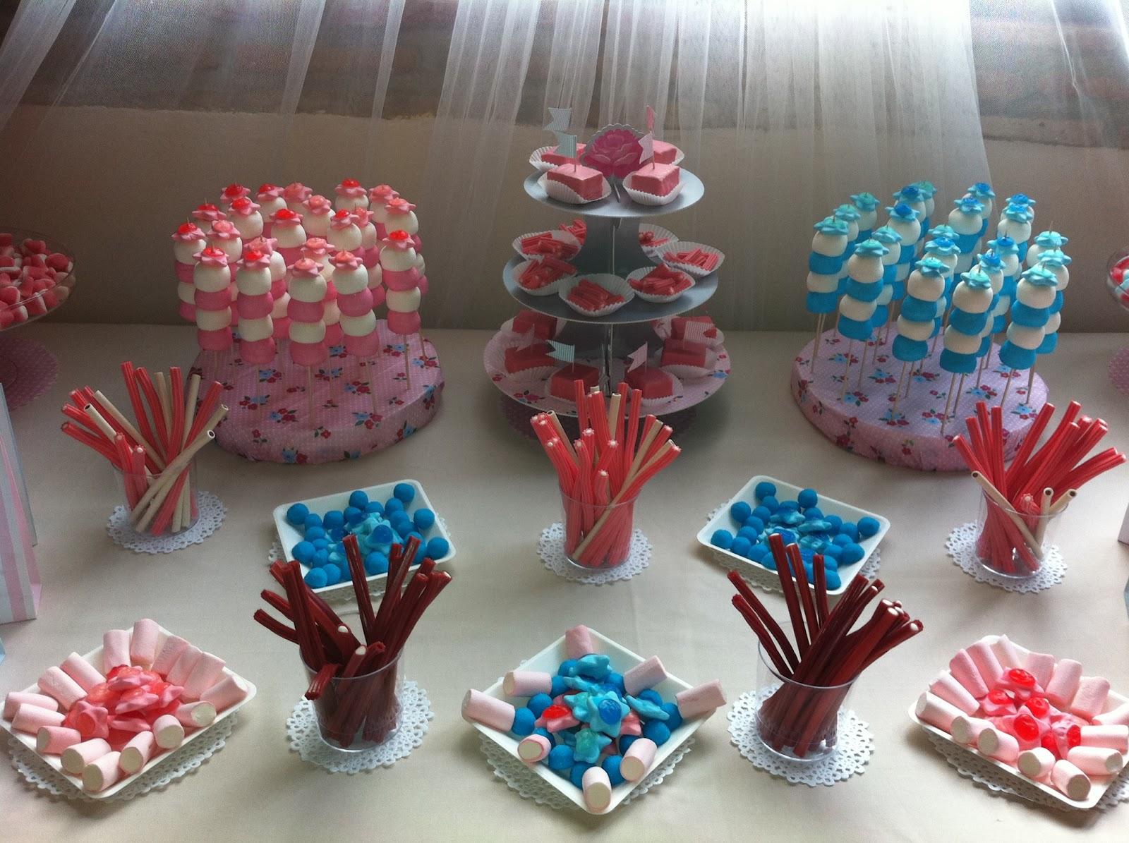Mesa de chuches para una boda en tonos pasteles sweet for Ideas para mesas de chuches