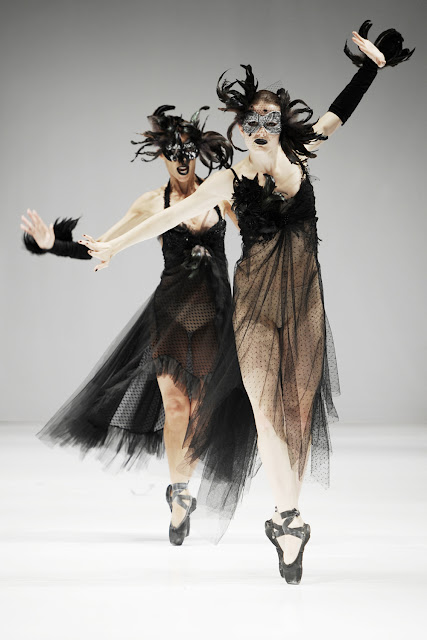 25 - Trash Couture 2012 �lkbahar Yaz Modas�
