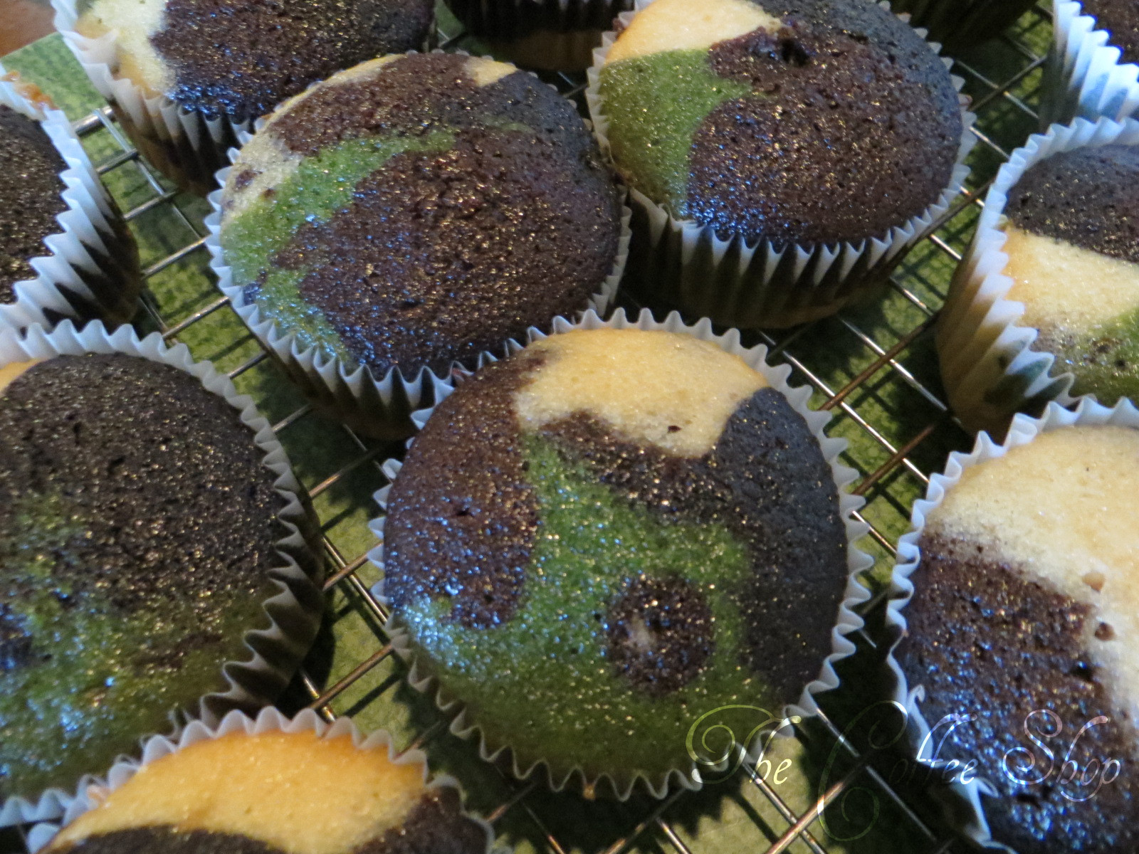 The Coffee Shop How to make camouflage cupcakes FROM SCRATCH