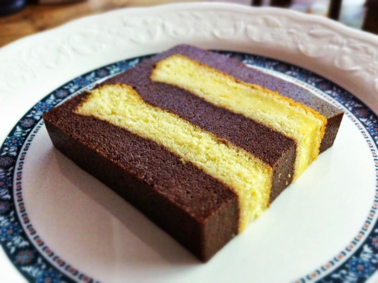 Chocolate layer pudding cake