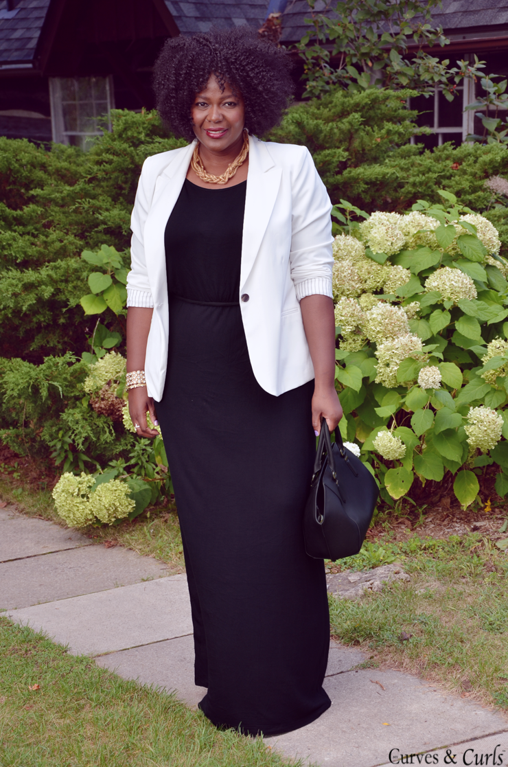 how to wear a white blazer - Black Maxi Dress #plussize #plussizeootd #plussize outfit inspiration, #old Navy dress,