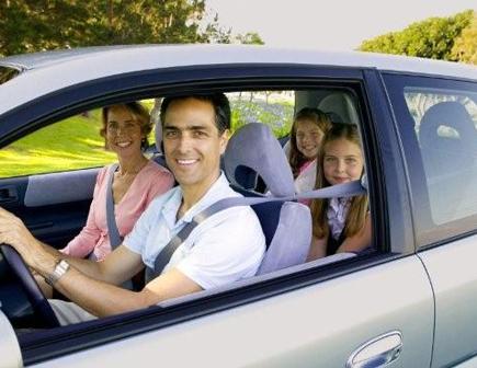 Info 45 Gambar Orang Naik Mobil Mewah