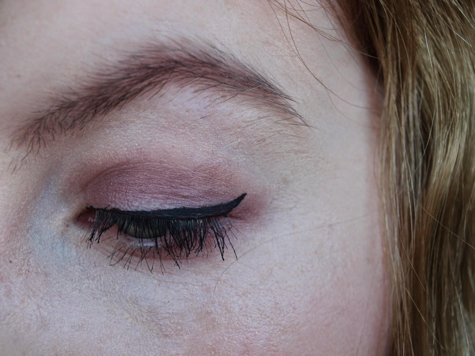Nooner-eye-shadow