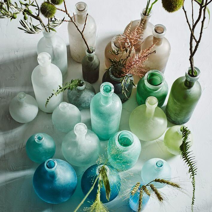 şişeler,bardaklar,vazolar,şamdanlar....