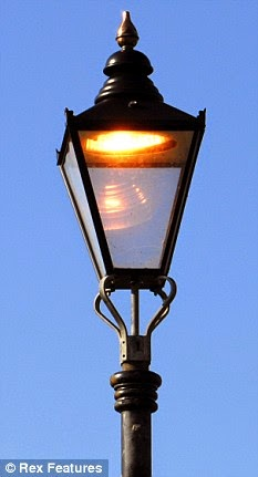 streetlamp bottom