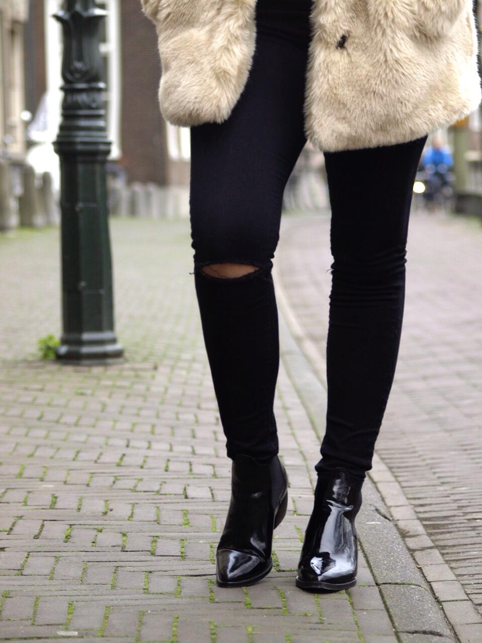 blogger, blog, dominique, candido, fashion, mode, zara, asos, jeans, turtleneck, mango, topshop, boots, prada, sunglasses, outfit, post
