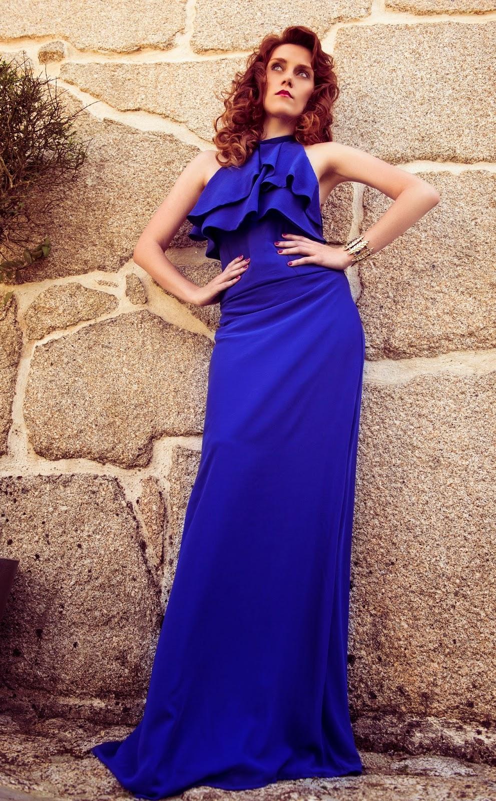 Vestido azul eléctrico largo