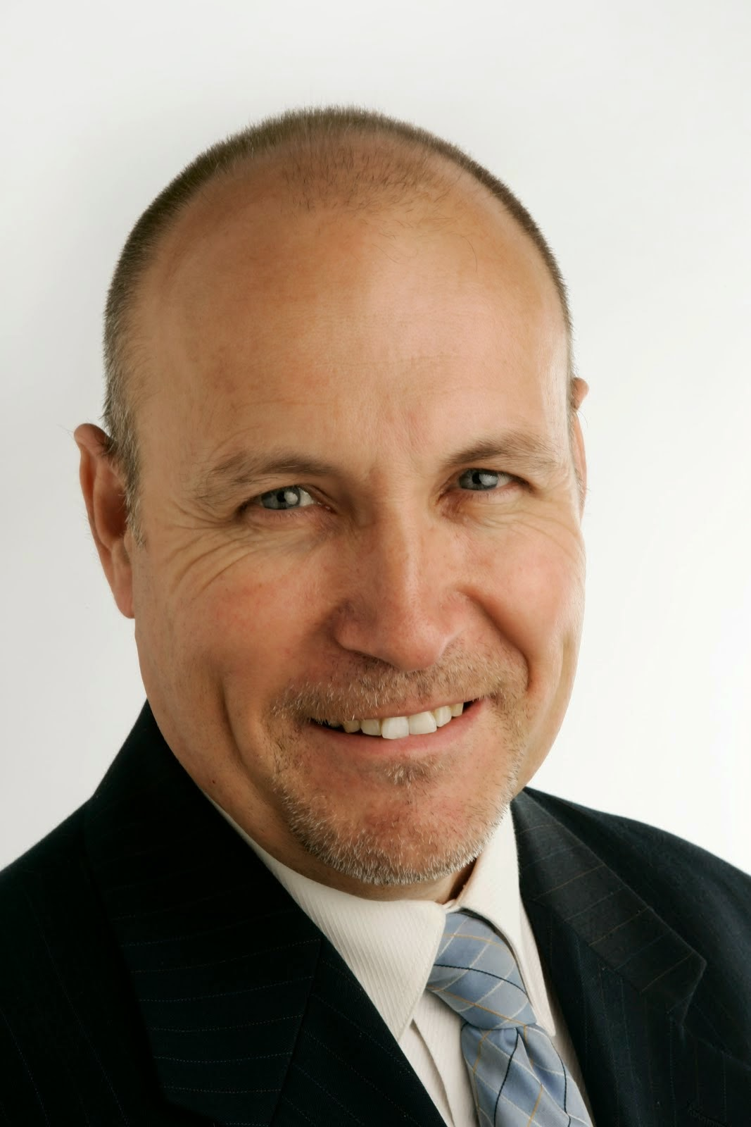 Dr Andrew Wilson