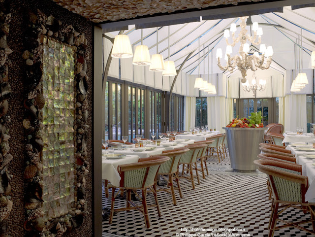 Les plus beaux hotels design du monde h tel le royal - Royal monceau la cuisine ...