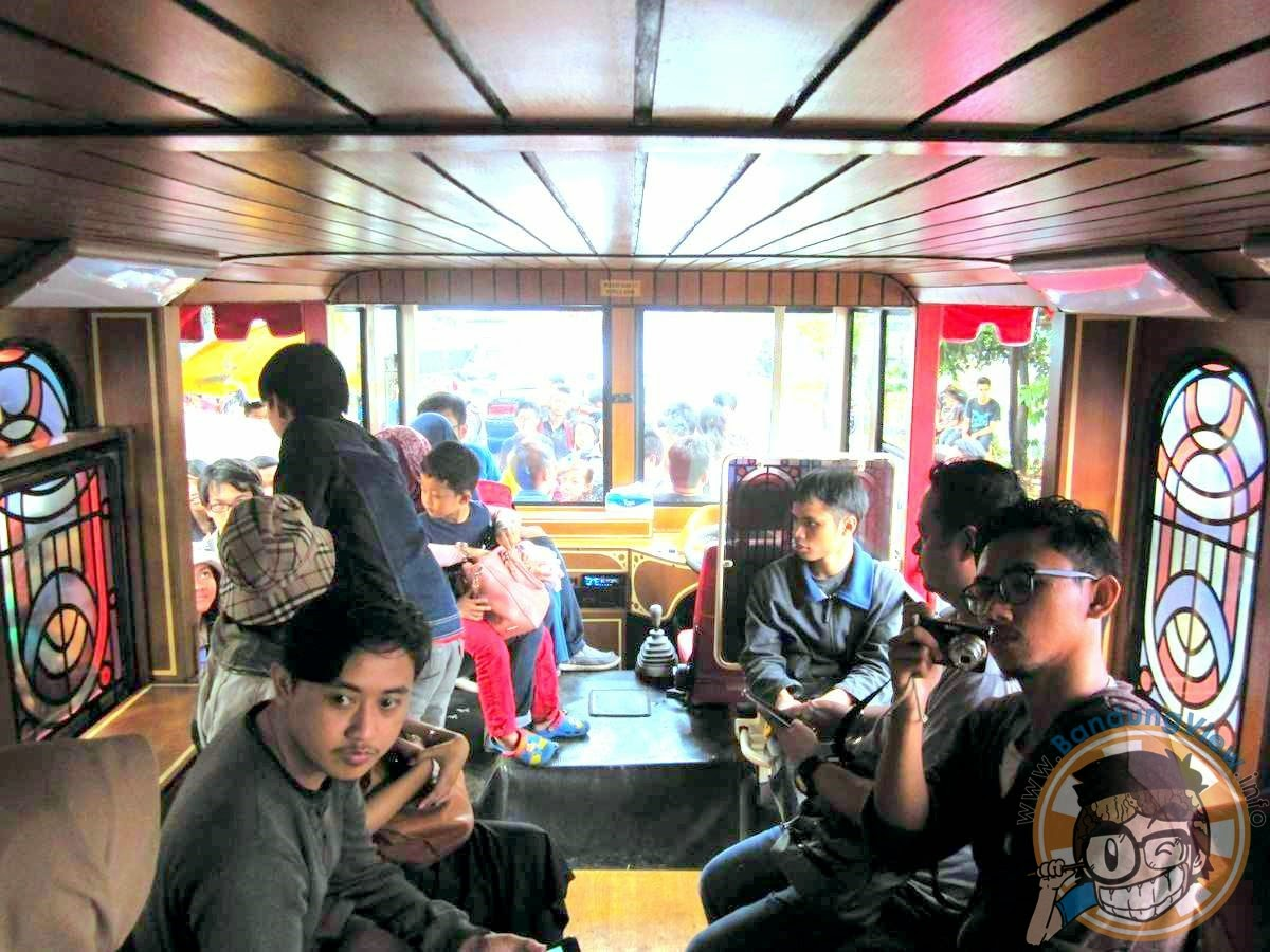Interior bus Bandros