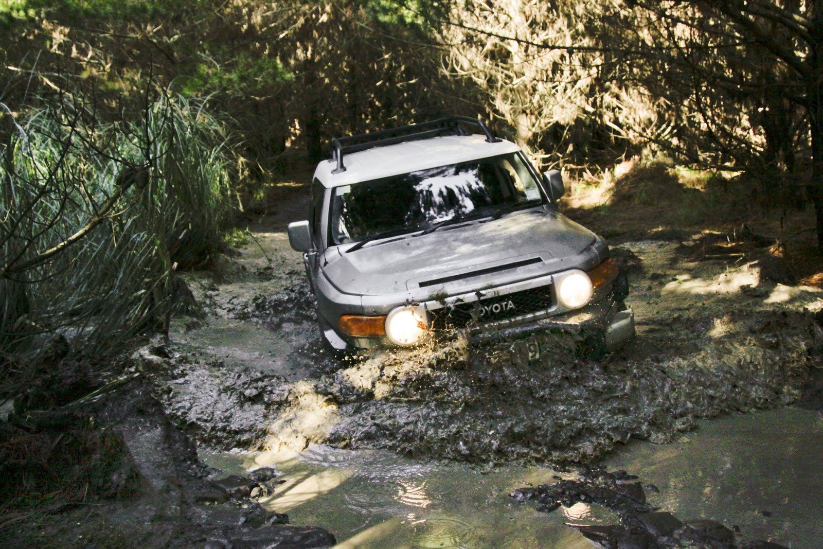 Toyota FJ Cruiser: going off-road-4.bp.blogspot.com